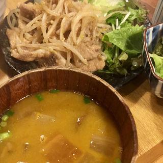 生姜焼き定食(九州料理 居酒屋 かてて 茅場町店)