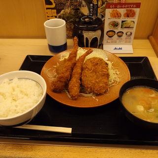 海老・ヒレ・メンチカツ定食(かつや 川崎戸手店 )