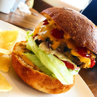 チーズバーガー(トミーズキッチンハンバーグ&カフェ)