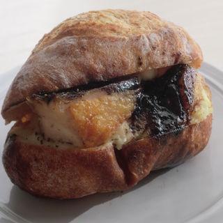 プーレドコンフィ(ザ・ルーツ・ネイバーフッド・ベーカリー (The ROOTS neighborhood bakery))
