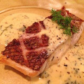 白身魚のポワレ(ラ ボワット アン ボワ (La Boite en Boi))