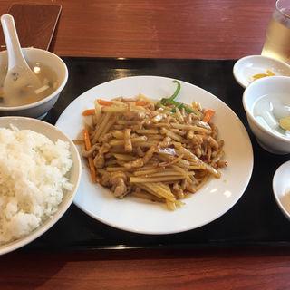 豚肉とジャガイモの炒め物 (ランチ)(知味軒)