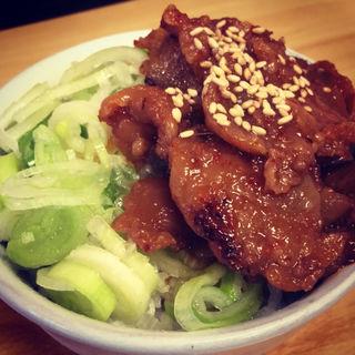 ミニ鶏モツ丼(鶏白湯Soba 星麺 )