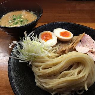 煮玉子鳥パイタンつけ麺(醤油と貝と麺 そして人と夢 )