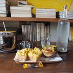 ポロポロたまごトーストのモーニング(カフェ・ハル (Cafe haru))
