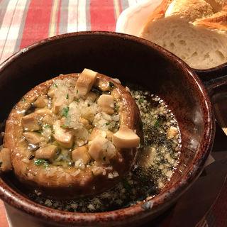 ジャンボブラウンマッシュルームのアヒージョ(モン・シルクロ )
