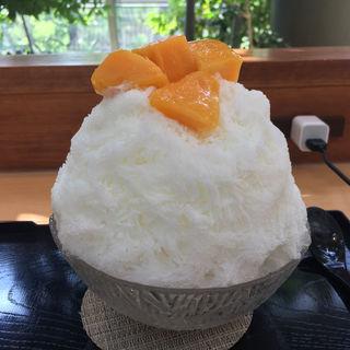 練乳マンゴーかき氷(萠茶)