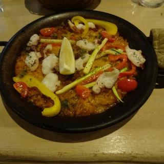 夏野菜と真ダコのピリ辛パエリア(スペインバル グラシア (Gracia))