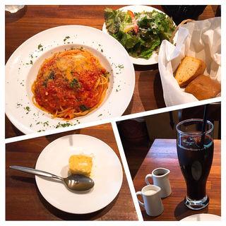 【ランチセット】モッツァレラチーズとフレッシュバジルのポモドーロパスタ(山王CAFE (山王カフェ))