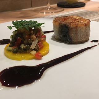 鰻と豚足のルーロー 黄色人参 鰻出汁のバルサミコソース(SUGALABO )