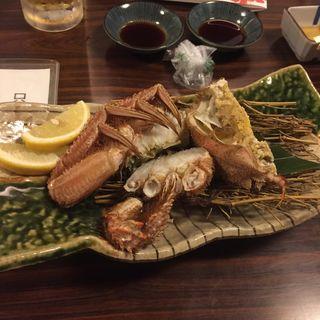 毛ガニ半身盛(北海料理 古艪帆来 (コロポックル))