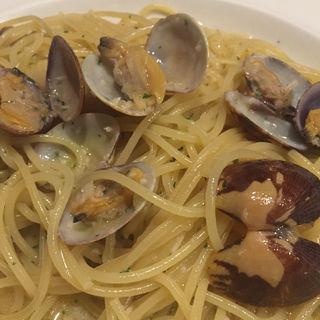 ボンゴレビアンコ(イタリア食堂 ブラーボ (イタリアショクドウ・ブラーボ))