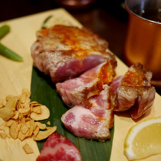 佐賀天山高原の日本豚ステーキ 200g(博多肉最強伝説)