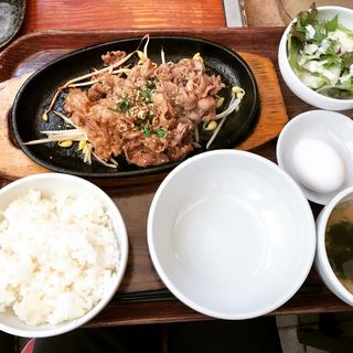 焼肉定食(てつ (TETSU))