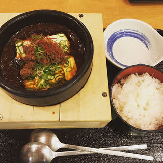 石焼麻婆豆腐 唐揚げセット(和風お食事処 和)