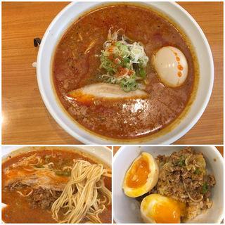 汁あり 担々麺  (拳玉 )