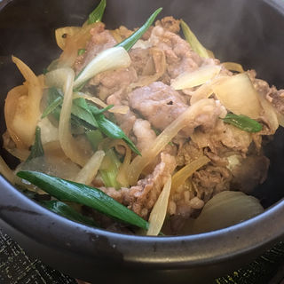 淡路石焼き牛丼(麺乃匠 いづも庵 )