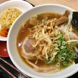 センザン醤油玉ねぎラーメン&ミニ炒飯(淡路ハイウェイオアシス )