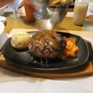 ハンバーグステーキ満足サイズ320g