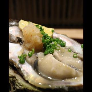 岩牡蠣(小料理 華やぎ)