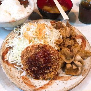生姜焼き+メンチカツ(とんかつ三太 (とんかつ・さんた))