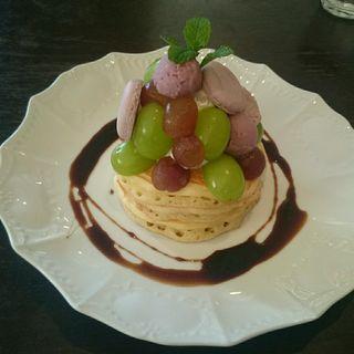 ぶどうのパンケーキ(カフェアンジェ (Cafe Ange))