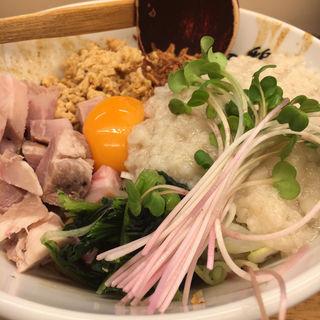 ピリ辛肉まぜそば(麺や 鳥の鶏次 )
