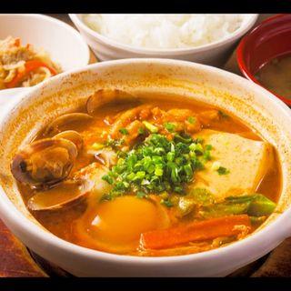 味噌スンドゥブチゲ定食(米どころん 八重洲店 )