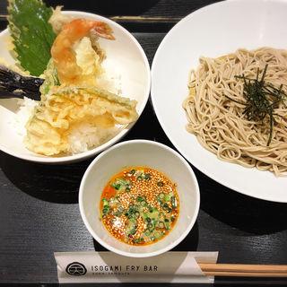 ピリ辛ごま豆乳ざるそばと天丼(ISOGAMI FRY BAR (イソガミ フライ バル))