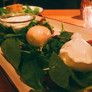 3種の水牛モッツァレラチーズ盛り合わせ(オービカ モッツァレラバー 六本木ヒルズ店 (OBIKA MOZZARELLA BAR))