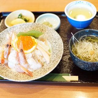 炙りのどぐろ海鮮丼(れすとらん小矢部)