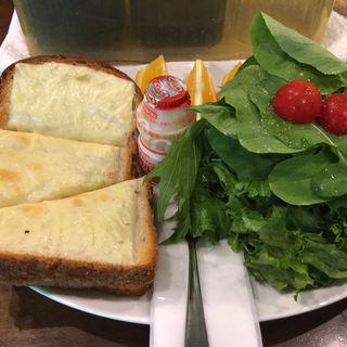 チーズトースト(蔦珈琲店 (ツタコーヒーテン))