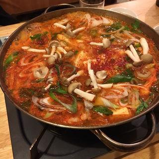鍋(韓国厨房 (カンコクチュウボウ))