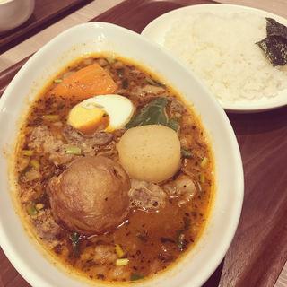 牛すじと大根のスープカレー(カレー食堂 心 ヨドバシAkiba店 )