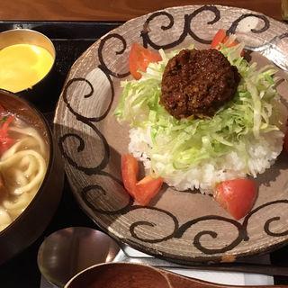 タコライスと沖縄そば定食(海人酒房 )