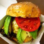 3種のcheeseburger(Cafe&Bar Kiwi)