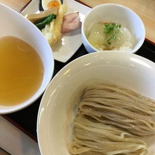 二種の愛盛りつけ麺(ガチ麺道場 )