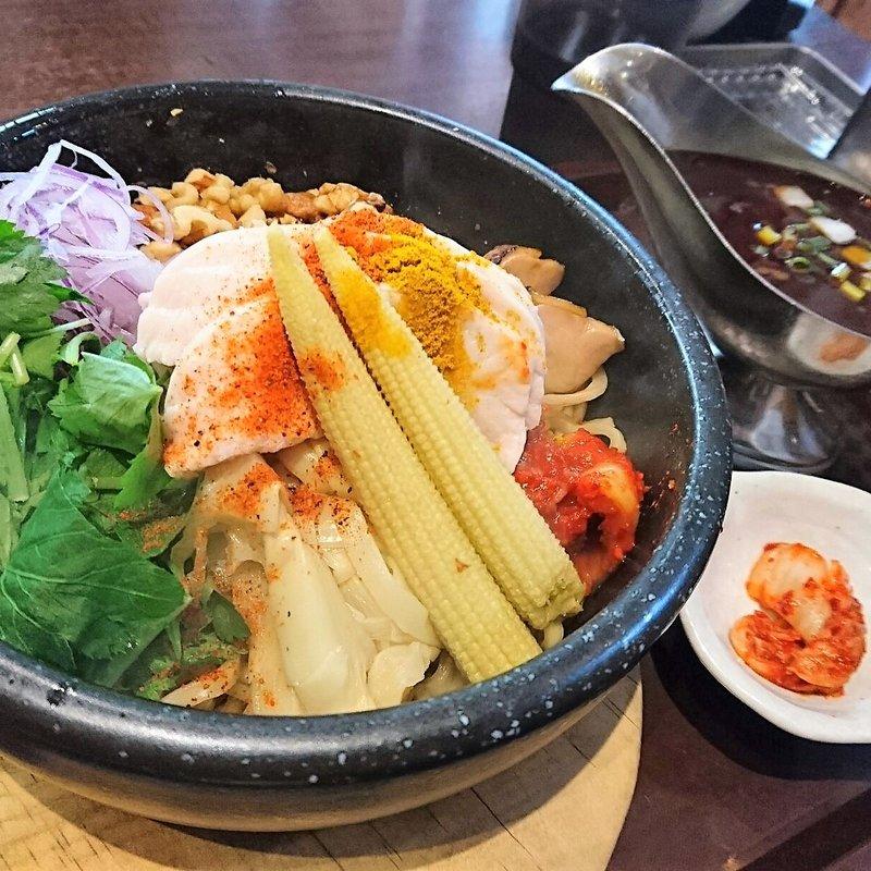 石焼カレー坦々和え麺