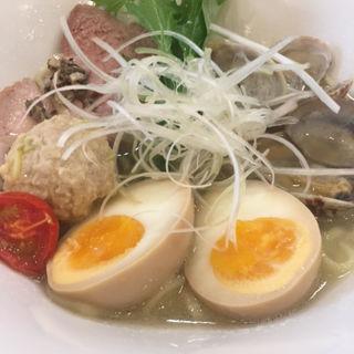 貝しおそば+煮玉子(麺屋 貝原)