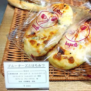 ブルーチーズとはちみつ(メグロガワ ロータス (MEGUROGAWA LOTUS))