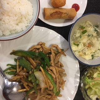 日替わりランチ 青椒肉絲(中華料理 川菜 (チュウカリョウリ カワナ))