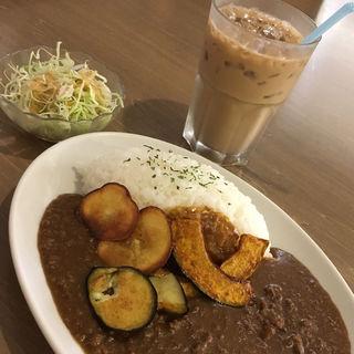 ひき肉野菜カレーセット(ザ・コーヒースタンダード 神戸ハーバーランドumie店 (THE COFFEE STANDARD))