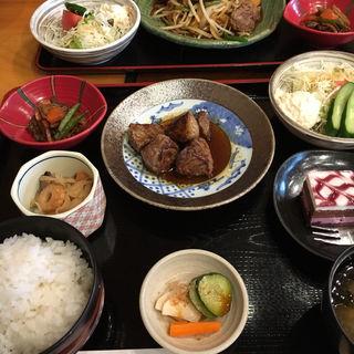 サイコロステーキランチ(もりつぢ )