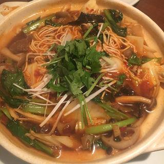牛肉煮込み麺(同源楼 (ドウゲンロウ))