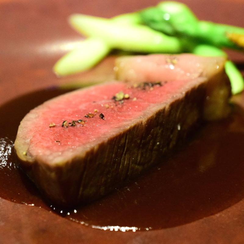 山形牛フィレ肉のロースト 庄内野菜を添えて