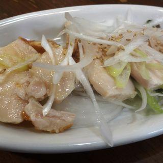 ハーブ鶏のロースト 葱塩ソース (浪花ひとくち餃子 チャオチャオ ホワイティ梅田店 )
