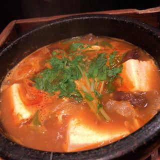 豆腐とキムチチゲ(壱語屋 三軒茶屋店 (イチゴヤ))