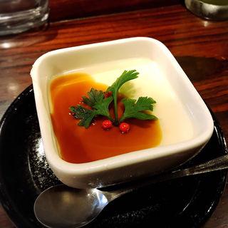 陣さんの杏仁豆腐(いが嵐倉庫 )
