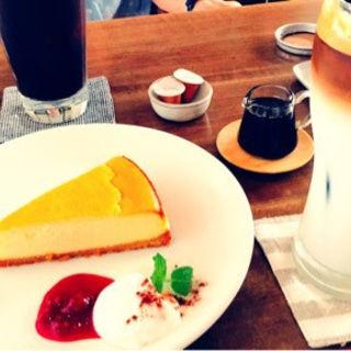 トクセイチーズケーキ(カフェ ニジョウヒピン )