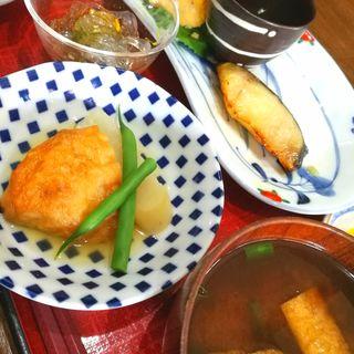 銀鱈の西京焼定食(にんじん )